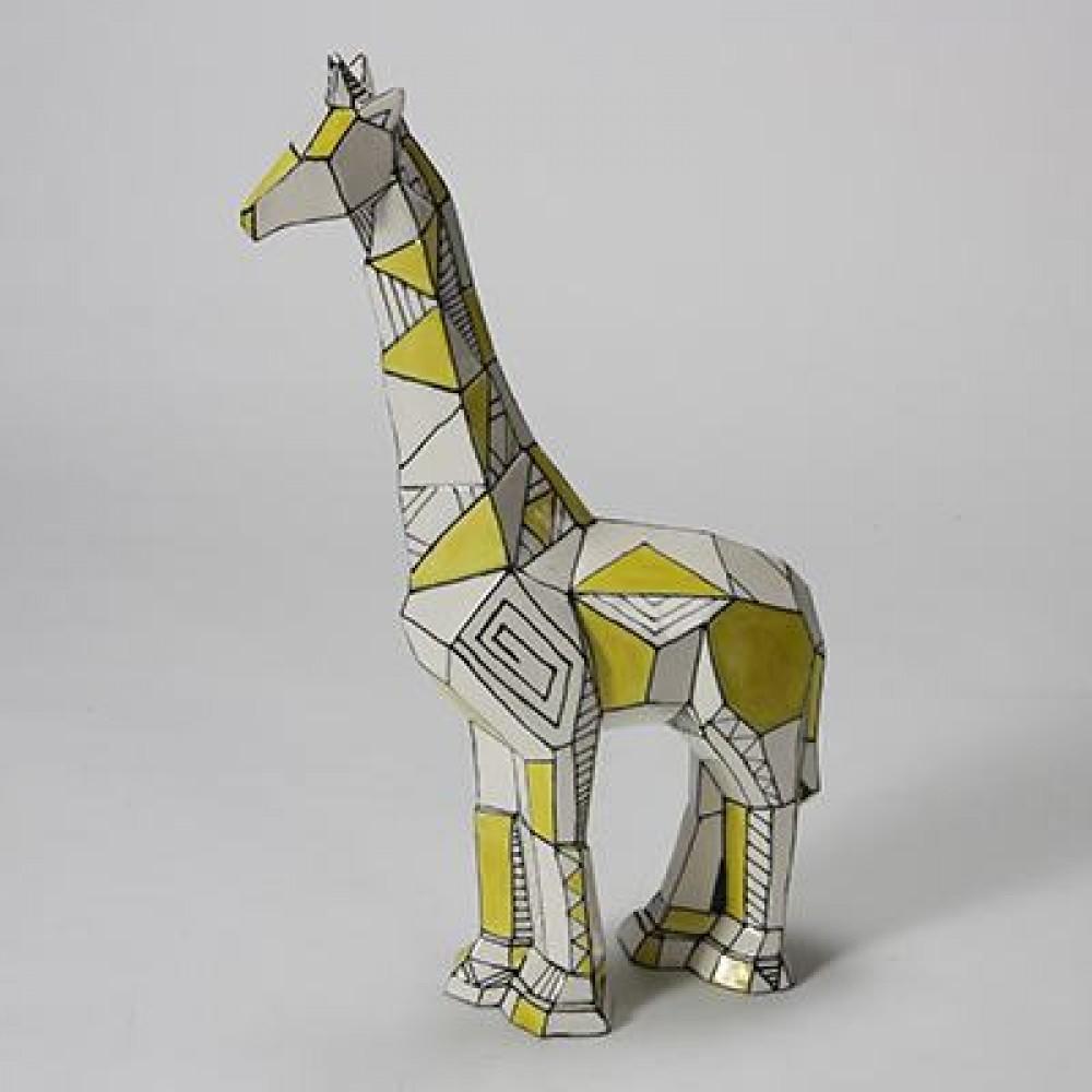 Faceted Giraffe